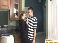 My buddy s mommy smoking and additionally I m having an intercourse her