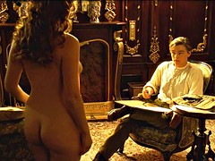 Grosse titten, Braunhaarige, Prominente, Nippel, Nackt, Im freien, Erotischer film