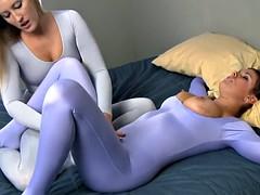 Pretty Lesbians in Spandex