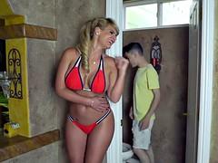 Gros seins, Le plan cul à quatre, Groupe, Mature, Mère que j'aimerais baiser, Actrice du porno