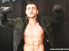 Muscle hunk wanks with leather gloves and eats cum