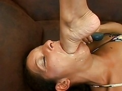 Femme dominatrice, Fétiche des pieds