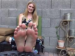 BARE FOOT & AMATEUR FOOT MODEL A4