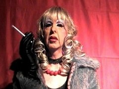 Grown-up transsexual slut smokes