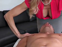 Stepmom gives a nice Cock Massage