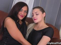 Try Anal Fisting - Two luxurious babes enjoy deep anal fisting