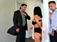 Betrug, Hausfrau, Titten