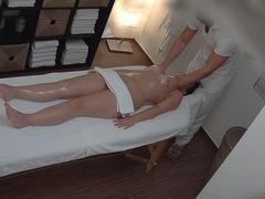 Big Ass Brunette Getting Best Massage Ever