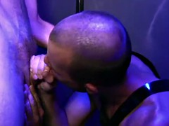 two horny fetish gloryhole types love to use in a bath