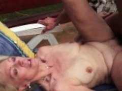 Old woman gets fucked