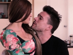 Steak And additionally Bj - Kitana Seduce Giving a bj In The Kitchen