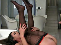 Euro beauty anally drilled in threesome
