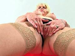 Best of British grannies part 16