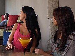 Sucer une bite, Brunette brune, 2 femmes 1 homme, Groupe, Mère que j'aimerais baiser, Rousse roux
