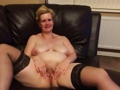 PAULA ROBERTS OF STOKE OPENING HER Cunt FOR YOU Each and all