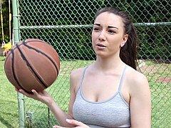 Американки, Минет, Член, Игры, На природе, Спорт, Сосущие, Молоденькие
