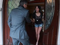 Anissa meeting her jewelry salesman