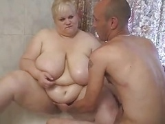 Real bbw babe blowing off during shower