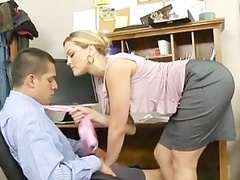 Alexis Texas is a Aroused Boss