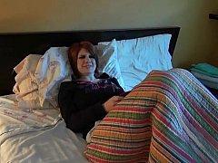 18, ベッドルーム, 彼女, ハメ撮り, 赤毛, オッパイの