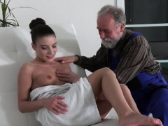 18-19 year old Anita Bellini Lets Aged Man Eat Her Pussy