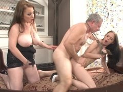 Old guy fucks buxom bitch and skinny miss at once