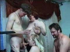 Familia, Grupo, Orgía