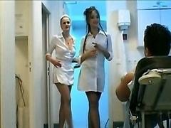 手コキする, 看護婦