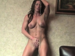 Fit Ariel X Uses Rope to Jack off