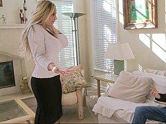 Américain, Gros seins, Blonde, Hard, Femme au foyer, Mère que j'aimerais baiser, Maman, Jarretelles