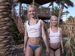 Summer paradise with horny blondes