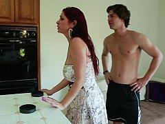 ハードコア, 人妻の, キッチン, 熟年, 淫乱熟女, 母, 赤毛
