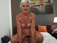 Большие сиськи, Минет, Сперма на лице, Бабушки