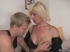 Granny fucked by young dude