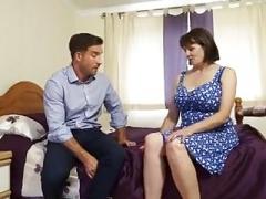 Boobalicious British Mature Housewife Fucks Workman in Bedroom