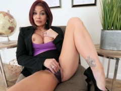 Redhead boobalicious mature stepmom played with her wet pussy