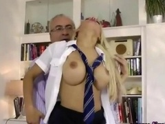Schoolgirl dilettante whore gets fucked