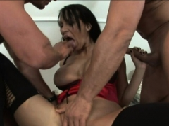MFM 3-way with hot Mom i`d like to fuck Mandy Bright