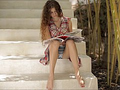 18 ans, Incroyable, Brunette brune, Mignonne, Culottes ou slips, Maigrichonne, Allumeuse, Adolescente