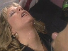 Blond beauty bitch gets vaginal dicked