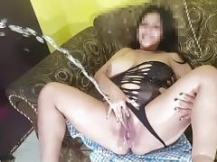 Amateur, Belle grosse femme bgf, Britannique, Pisser, Gicler