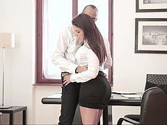Красотки, Минет, Брюнетки, В одежде, Секс без цензуры, Милф, В офисе, Секретарша