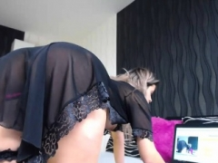 Beauty tooshie blonde non-professional babe shaving her tooshie
