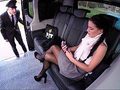 Autobús, Coche, Engañando, Europeo, Italiano, Falda, Bajo la falda