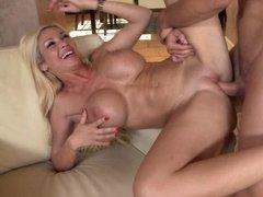 Blonde porn actress Evita Pozzi copes with young vigorous pal