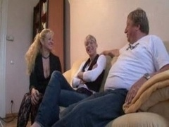 Lucky More experienced Guy Has Sex With Mom And additionally Daughter