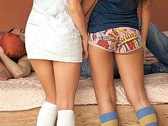 18 летние, Минет, Брюнетки, Смазливые, Две девушки, Школьница, Тощие, Молоденькие