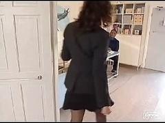 Sarah Beattie - Aroused British Ho...