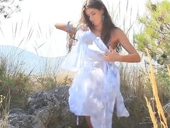 Solo goddess in the desert masturbating her perfect pussy