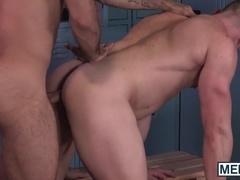 Military homos Blake Hunter and Diego Sans ass bang